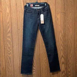 Levi's 712 Slim - size 28x32